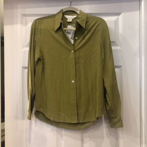 New Casual Corner button down top size 2
